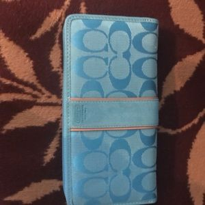 New Coach Signature Collection Wallet - Light Blue